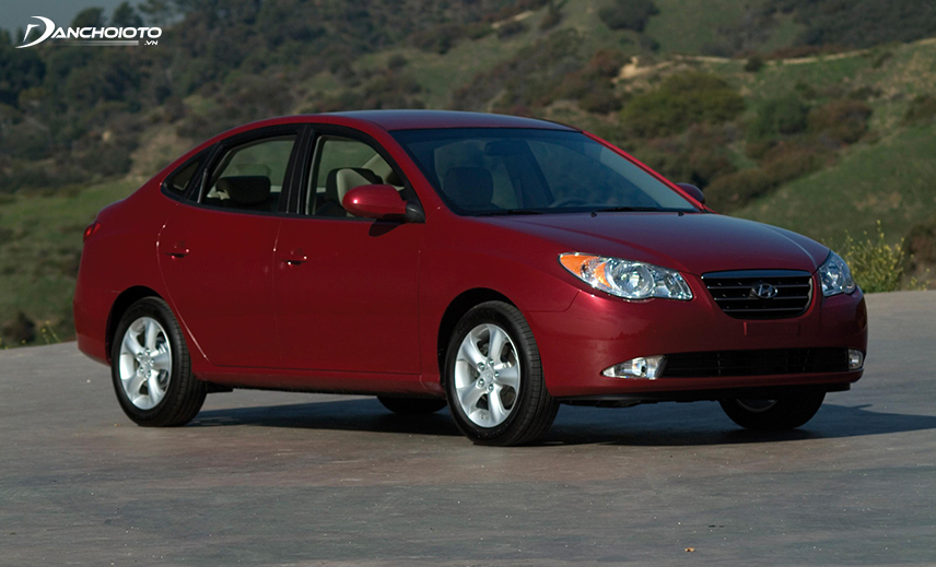 The 4th generation Hyundai Elantra was launched in 2006