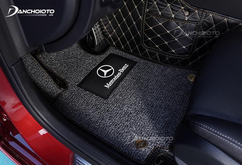 Thảm lót sàn Mercedes-Benz
