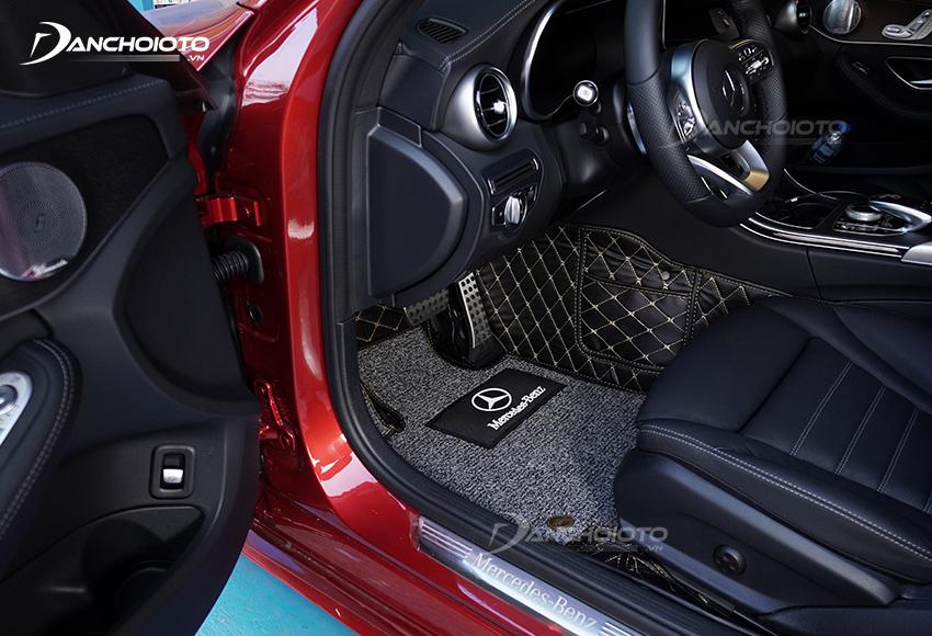 Thảm lót sàn ô tô cao cấp mang đến cảm giác sang trọng hơn