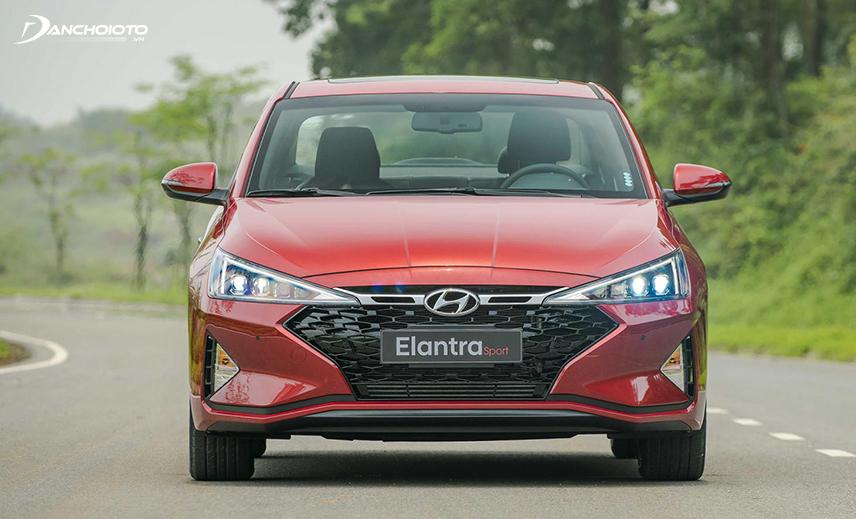 Thiết kế đầu xe Hyundai Elantra Sport