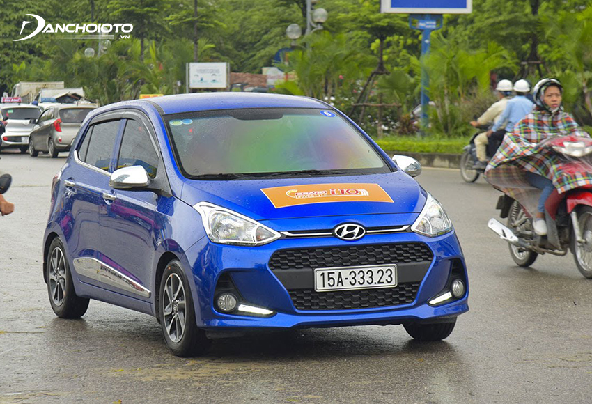 Trong đô thị, Hyundai i10 phát huy mạnh sở trường là khả năng di chuyển linh hoạt