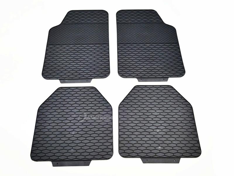 Ưu điểm của thảm lót sàn ô tô 3D chống nước tốt, vệ sinh dễ dàng