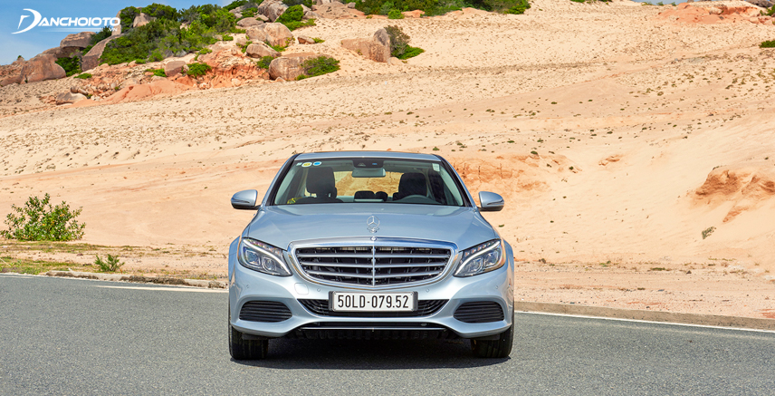 Đại diện của Mercedes thừa hưởng thiết kế mềm mại, uyển chuyển cực thu hút