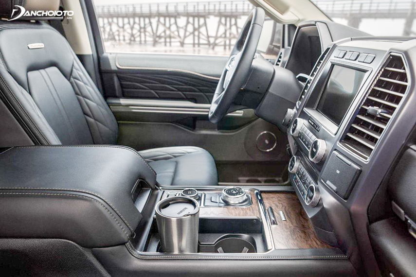 The 2018 Ford Expedtion has a spacious interior space