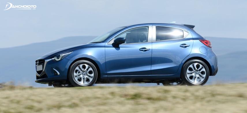 Mazda 2 có phần thân gây được ấn tượng mạnh