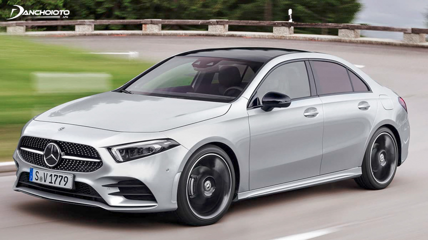 Mercedes-Benz A-Class 2019 has the ability to identify potential collisions