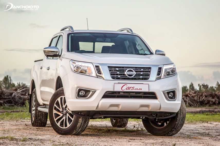 Nissan Navara 2018 is equipped with a large engine block