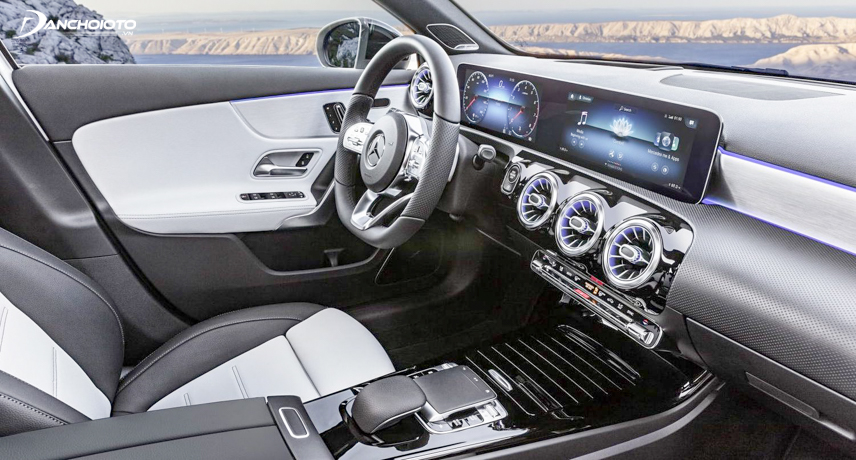 Set of two large-screen sets of Mercedes-Benz A-Class 2019