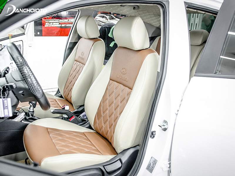 Upholstered leather seats are more luxurious and classy than felt seats