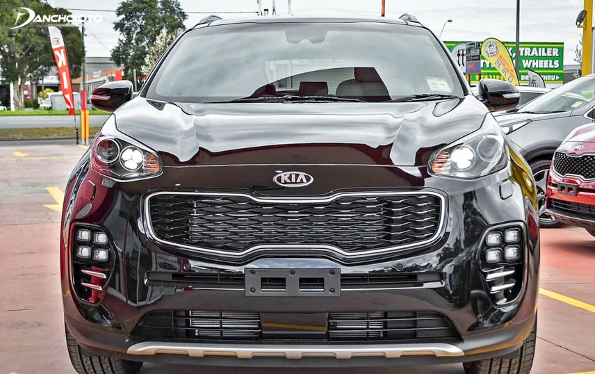 Headlight cluster beautifully designed on Kia Sportage 2018