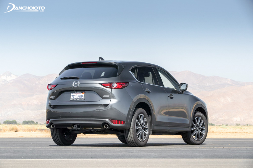 The rear end of the 2018 Mazda CX-5