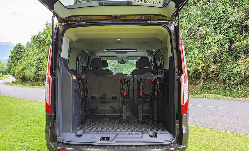 Ford Tourneo 2020 có khoang hành lý rất rộng