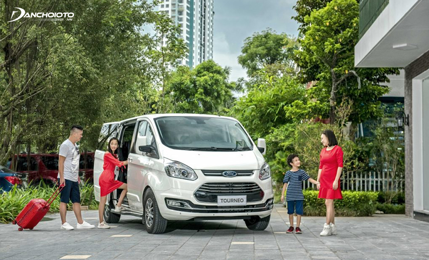 Ford Tourneo is a large 7-seater MPV model from the American brand Ford