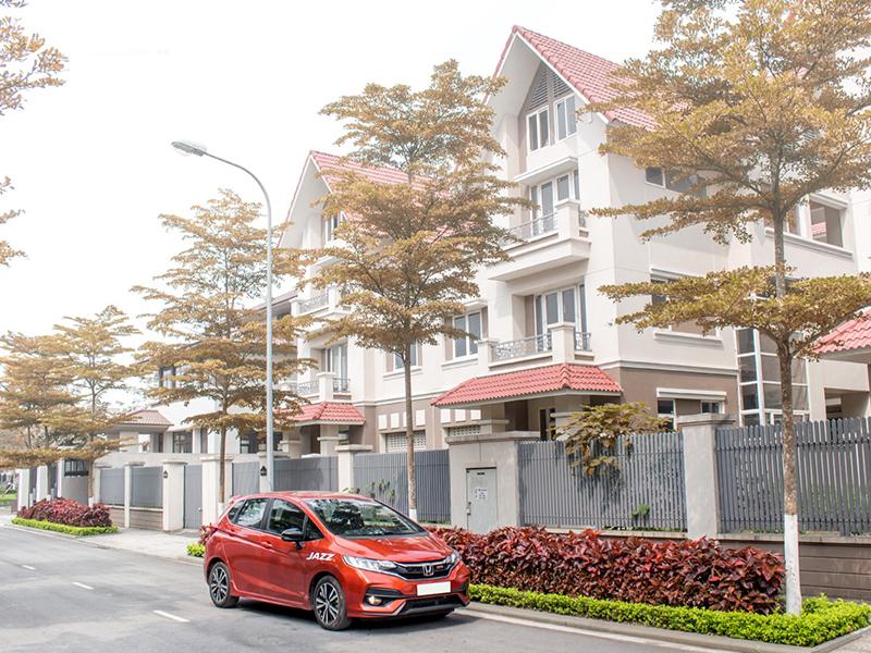 Honda Jazz is mainly aimed at customers who buy family cars
