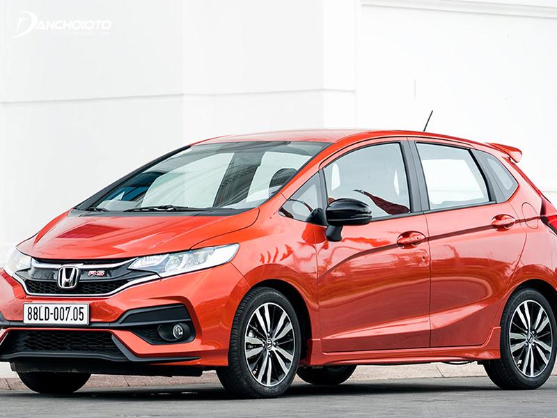 Honda Jazz is a B-class hatchback from Honda - Japan