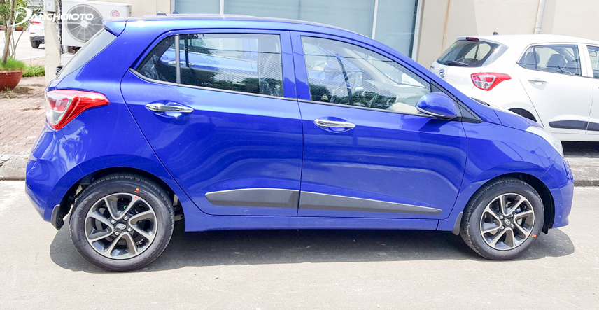 Performance of the i10 is assessed to be superior to the Mirage