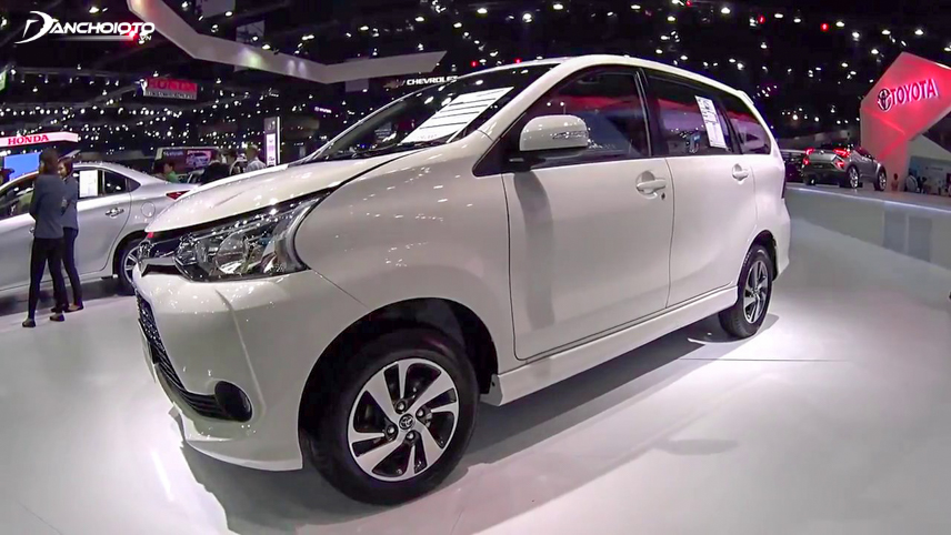 This MPV model is equipped with 15-inch wheels