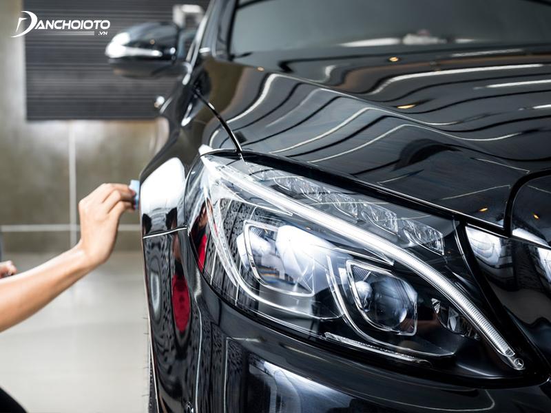 Nếu thường xuyên sử dụng xe lại ít có thời gian chăm sóc xe, bạn nên phủ ceramic cho ô tô của mình