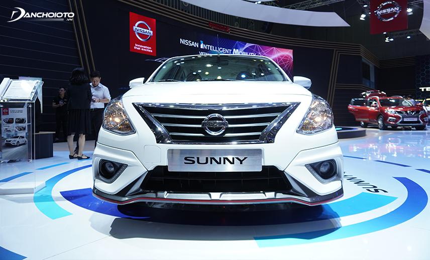 Nissan Sunny 2020 vẫn giữ lưới tản nhiệt hình thang ngược