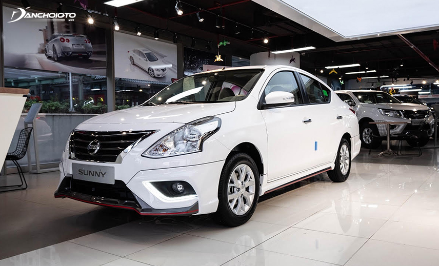 Nissan Sunny has an elegant but mature design style