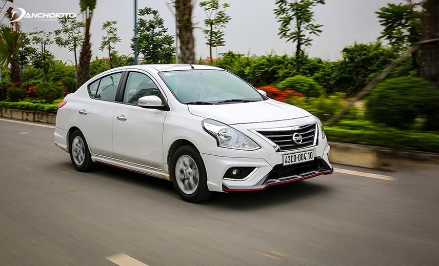Nissan Sunny works well when traveling in the city despite full load of 5 people with luggage