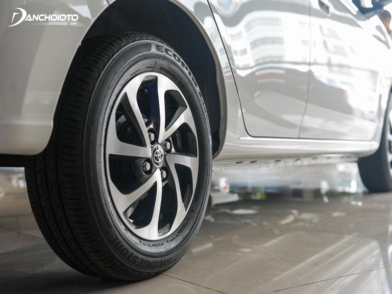 Toyota Wigo 2020 sở hữu bộ lazang kích thước 14 inch