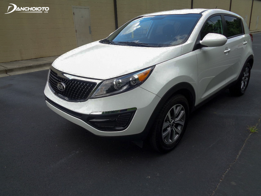 Kia Sportage 2016 has a strong, sporty appearance that is almost similar to the current generation Sportage