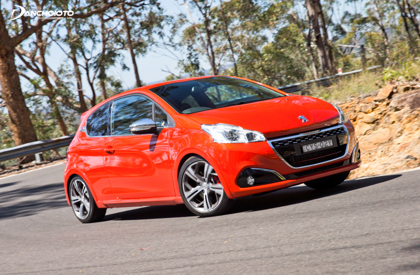Peugeot 2018 is aimed at young customers, especially suitable for women