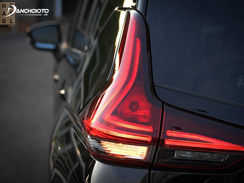 Đèn hậu Mitsubishi Xpander có 2 dải LED đẹp mắt