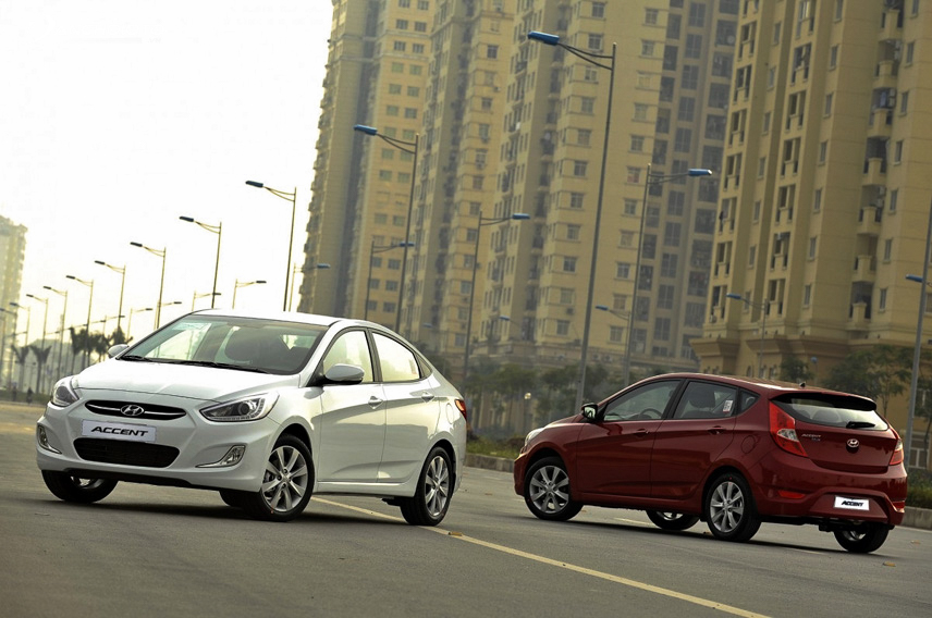 Despite many disadvantages, the Hyundai Accent is still a suitable car to run in the city