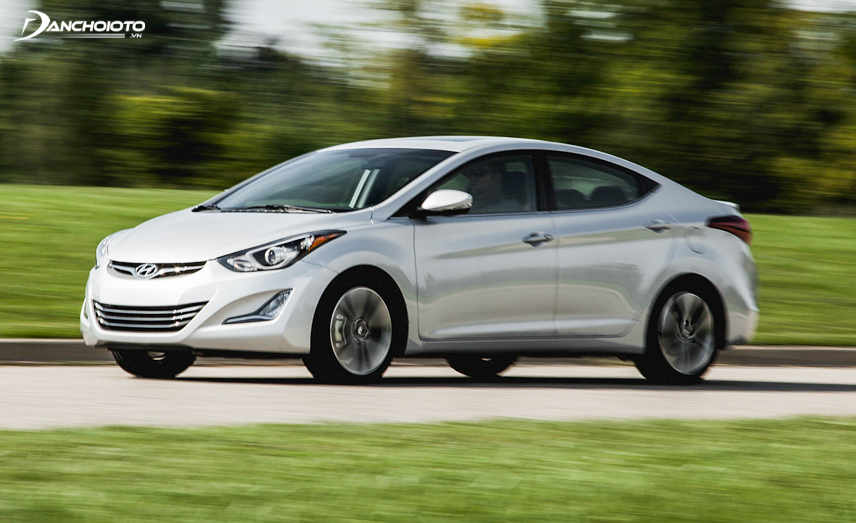 The old 2014 Hyundai Elantra is prized for its eye-catching beauty and comfort