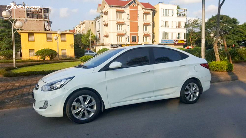 Old 2011 Hyundai Accent exterior retains its youthful and modern beauty
