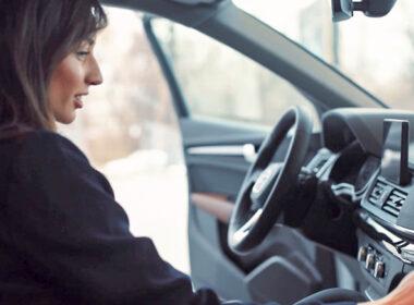 Người mua xe ô tô lần đầu nên mua xe mới hay xe cũ?