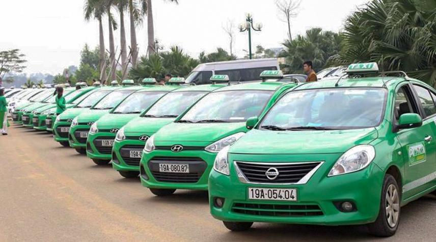 Xe Nissan Sunny thường được dùng để chạy taxi