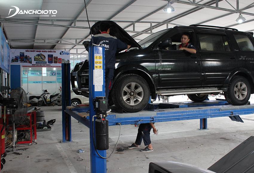 Để đơn giản các thủ tục nên ưu tiên mua bảo hiểm của công ty liên kết với đại lý ô tô mua xe hoặc garage quen biết