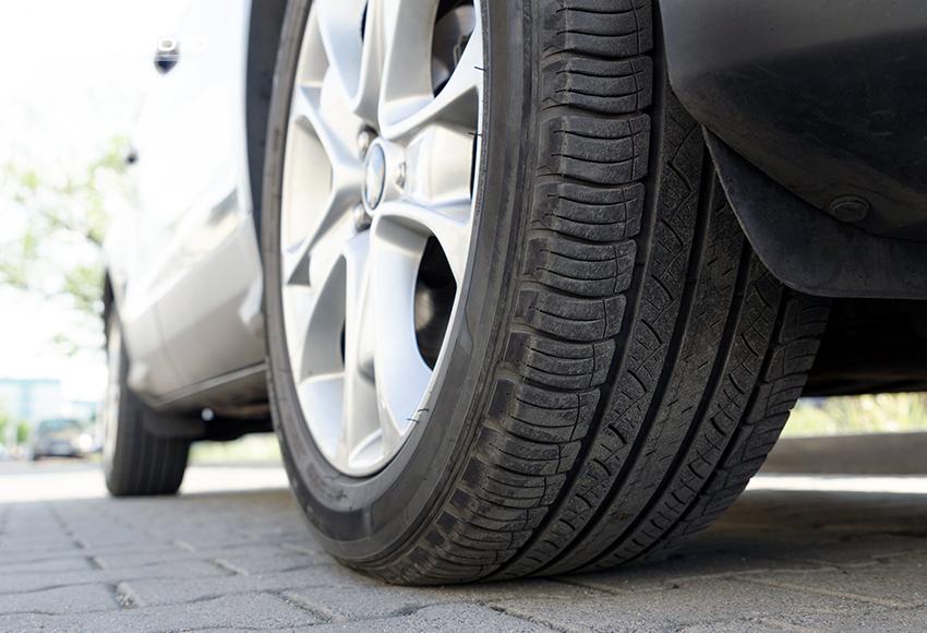 Lốp hỗn hợp có tính đa dụng cao