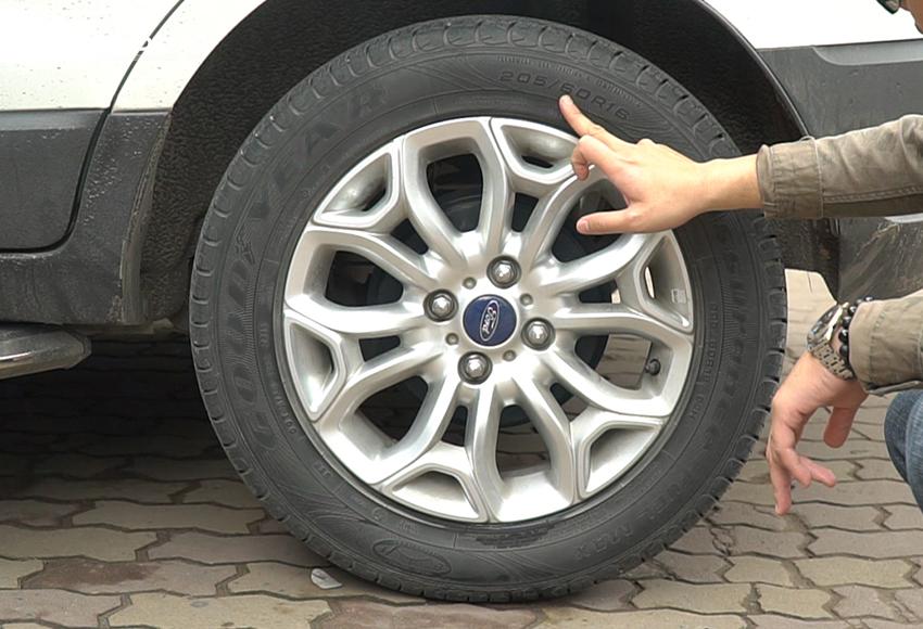 Lốp ô tô chỉ nên sử dụng tối đa 10 năm kể từ ngay sản xuất