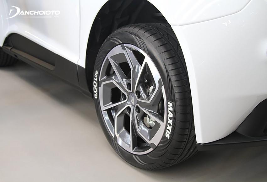 Lốp ô tô Maxxis có giá thấp, khá êm, tương đối bền