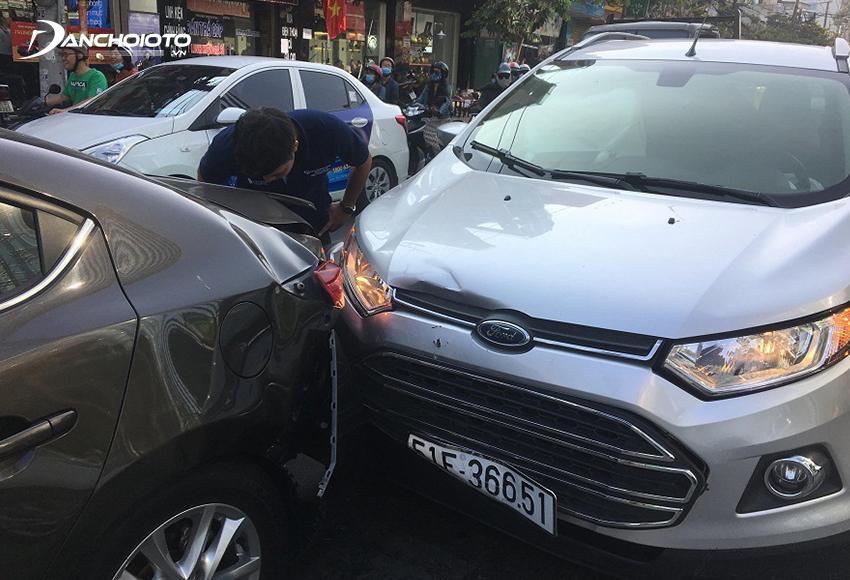 Nếu di chuyển với mức độ cao nên mua bảo hiểm thân vỏ ô tô