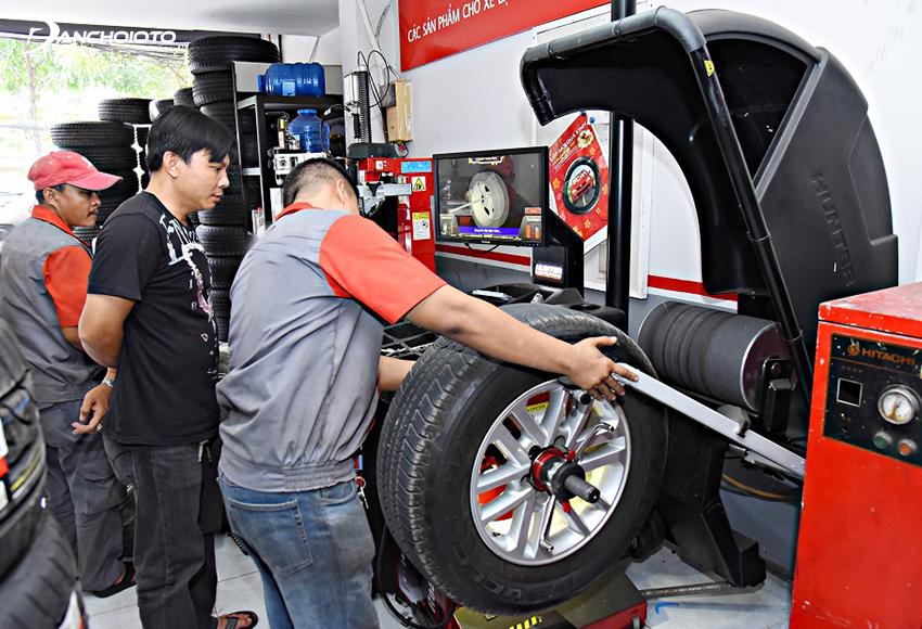 Nghề làm lốp ô tô không quá nặng nhọc như trước lại có thu nhập cao, nhiều cơ hội phát triển