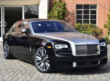 """Rolls-Royce Ghost: """"Bóng ma"""" quyền quý trong làng xế siêu sang"""