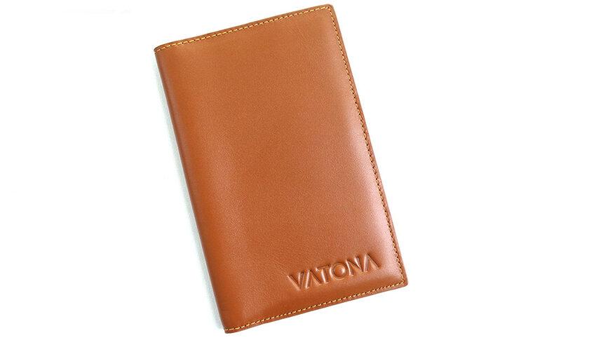 Ví đựng giấy tờ xe ô tô VATONA được làm từ da bò thật, sở hữu thiết kế đơn giản mà sang trọng