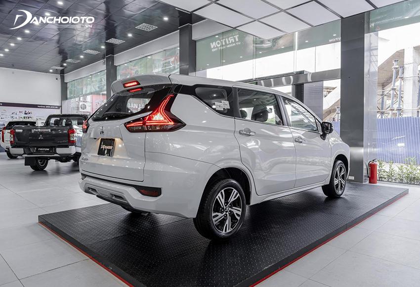 Đèn hậu Mitsubishi Xpander 2020 có 2 dải LED đẹp mắt