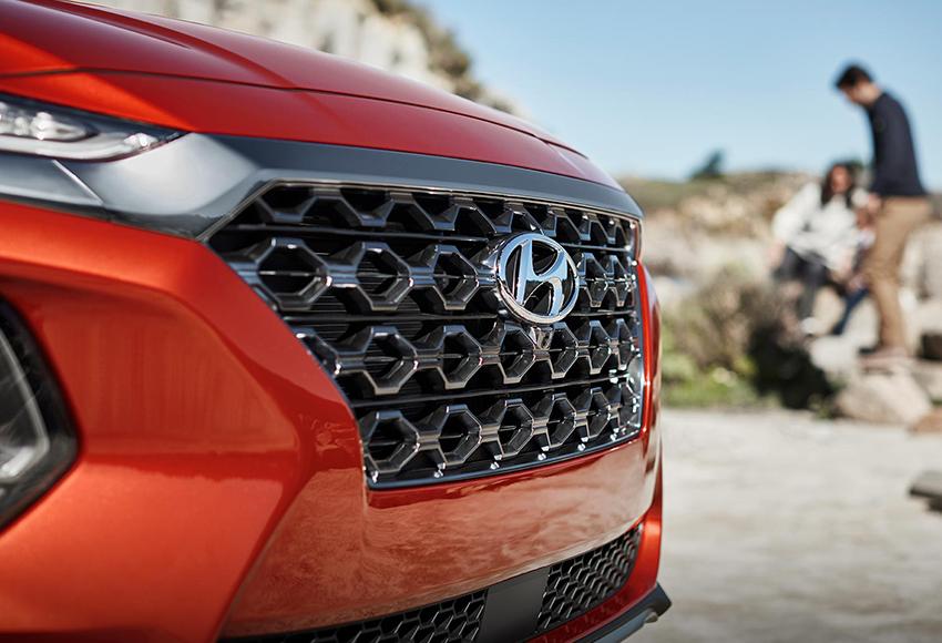 Giá xe Hyundai Santa Fe tháng 7/2020 - Có nên mua SantaFe 2020?