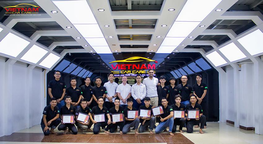 Khoá đào tạo Detailing Vietnam Car Care quy tụ các chuyên gia hàng đầu về chăm sóc xe