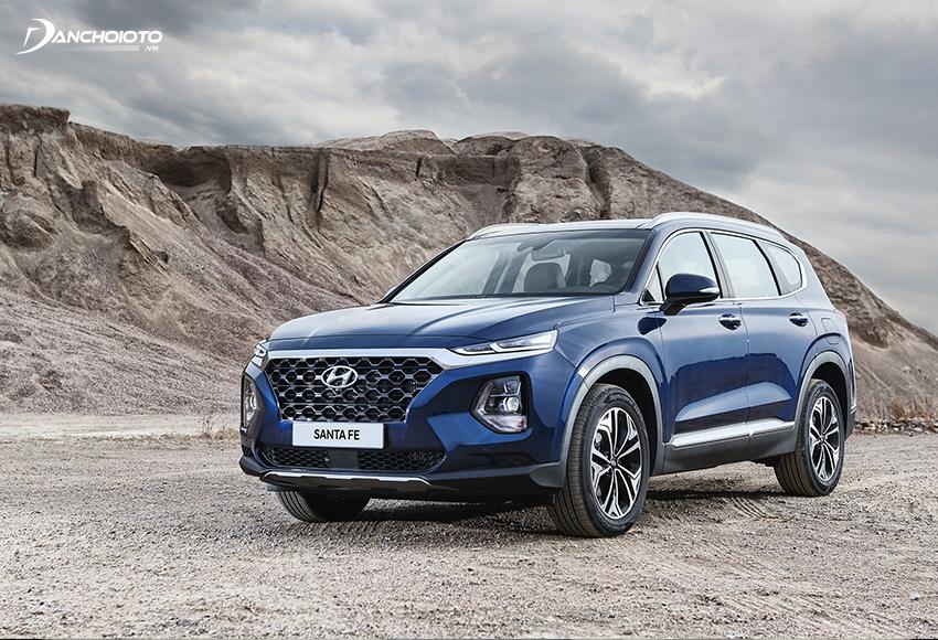 """Ở hế hệ thứ 4, Hyundai Santa Fe hoàn toàn """"lột xác"""" về thiết kế"""