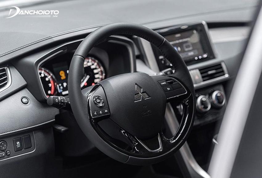 Vô lăng Mitsubishi Xpander 2020 3 chấu đơn giản