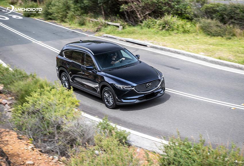 Cảm giác tay lái Mazda CX8 được đánh giá rất cao, cho khả năng kiểm soát cao, đánh lái chính xác
