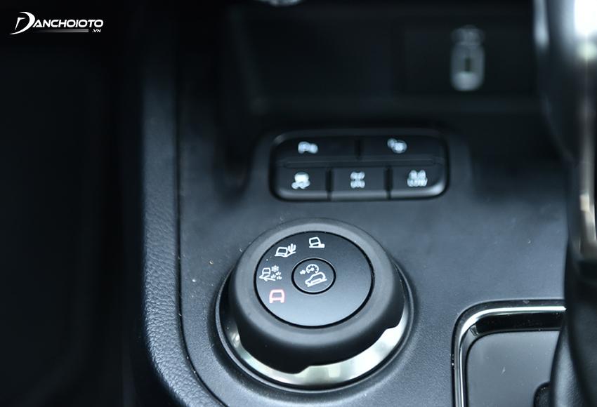 Ford Everest Bi-Turbo có nhiều chế độ vận hành trên địa hình khác