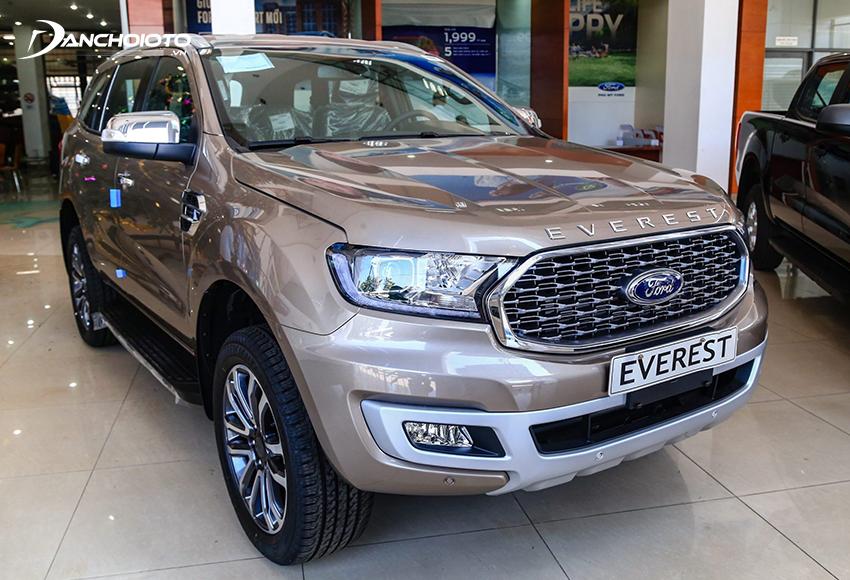 Ford Everest với cấu trúc khung gầm rời di chuyển linh hoạt hơn ở nhiều dạng địa hình